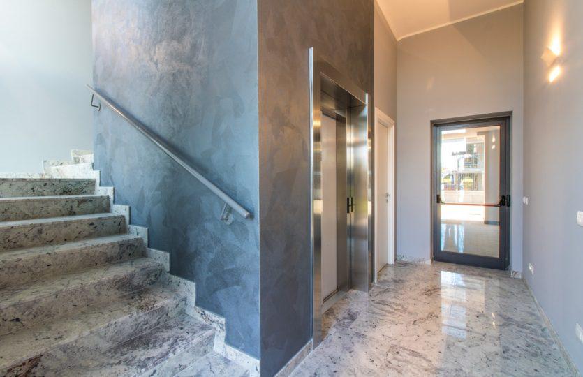 INGRESSO Direzionale uffici vendita affitto Ubersetto Formigine Maranello CLASSE A