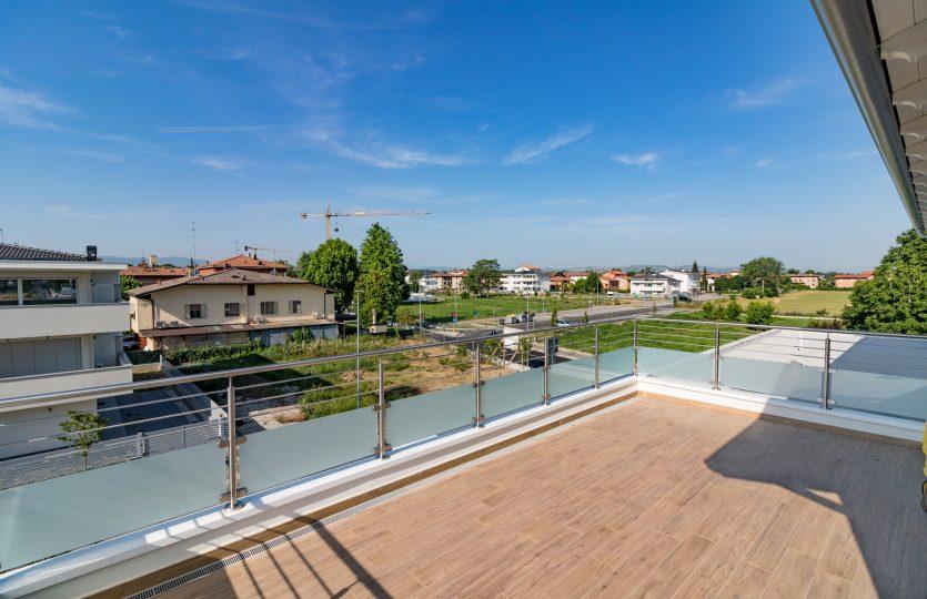 vista terrazzo attico nuova costruzione Formigine Classe A4 Maranello